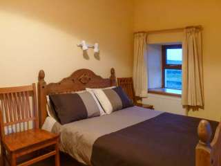 Clogher Cottage - 905820 - photo 5