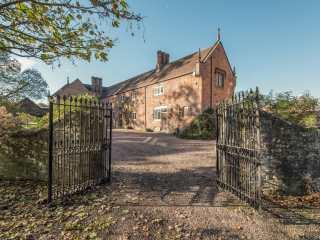 Wyvern House - 911960 - photo 1