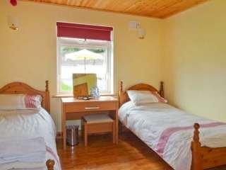 Lough Gara Lodge - 913340 - photo 3