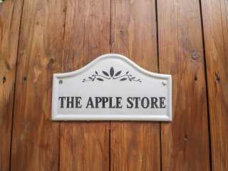 The Apple Store - 919014 - photo 2