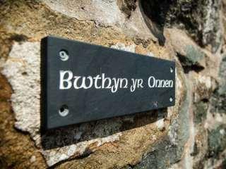 Bwthyn yr Onnen (Ash Cottage) - 921646 - photo 3