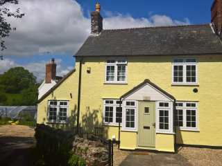 St Margaret's Cottage - 925543 - photo 1