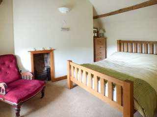 Yew Tree Cottage - 928177 - photo 8