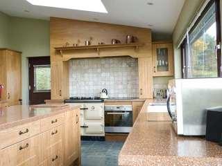 Groffa Crag Farmhouse - 929294 - photo 2