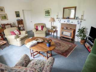 Mill Brow Apartment - 939706 - photo 3