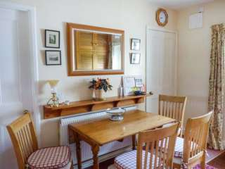 Mill Brow Apartment - 939706 - photo 6