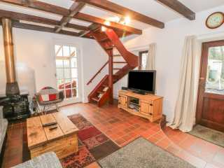The Cottage at Fronhaul - 943712 - photo 6