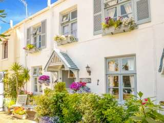 Blue Harbour Cottage photo 1