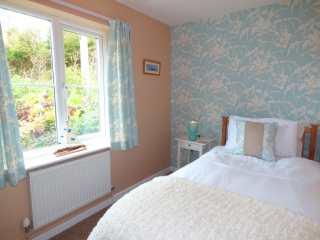 Hafod Cottage - 948230 - photo 9