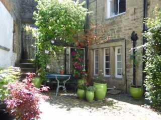 Garden Cottage - 948471 - photo 1