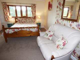 West Down Farmhouse - 950095 - photo 9