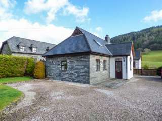 2 Stable Cottage photo 1