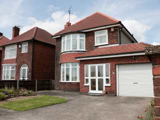 75 Mansfield Road photo 1