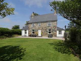 Dyffryn Farmhouse - 961352 - photo 1