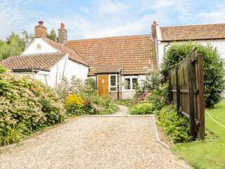 Mrs Dale's Cottage - 966684 - photo 1