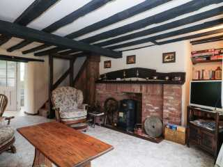 Mrs Dale's Cottage - 966684 - photo 2