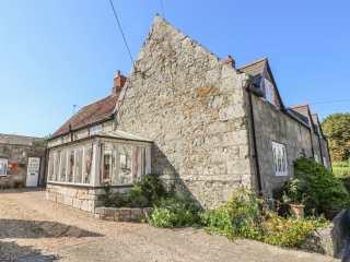 Brading Cottage - 970393 - photo 1