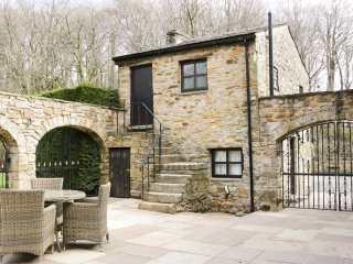 Courtyard Cottage - 972307 - photo 1