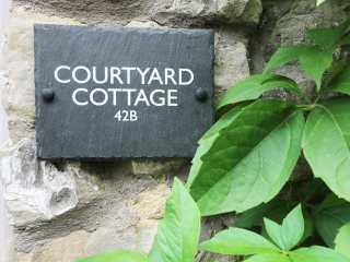 Courtyard Cottage - 977178 - photo 2