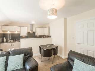 Apartment 4, 7 St Anns Apartments - 980934 - photo 8