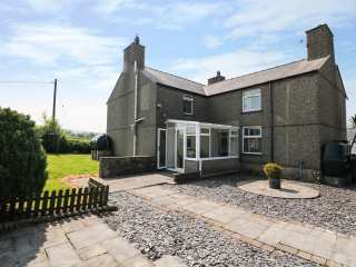 Cefn Werthyd Farmhouse - 983632 - photo 1