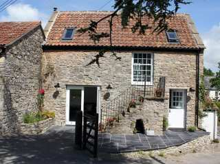 Wassail Cottage - 988905 - photo 1