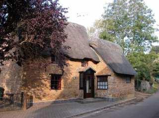 Spring Cottage - 988909 - photo 1