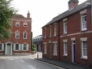 The Love Lane Townhouse - 988915 - photo 1