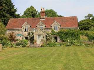 West Hatch Cottage - 989004 - photo 1