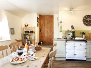 Three Hares Cottage - 991051 - photo 5