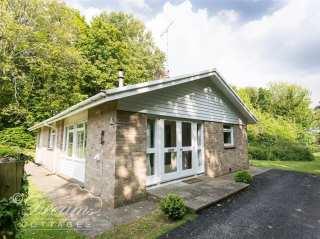 Woodlands Cottage - 994807 - photo 1