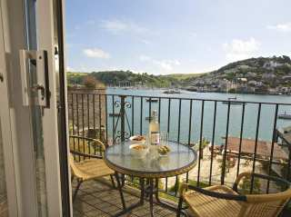 devon coastal cottages rent holiday cottages on the coast and by rh sykescottages co uk
