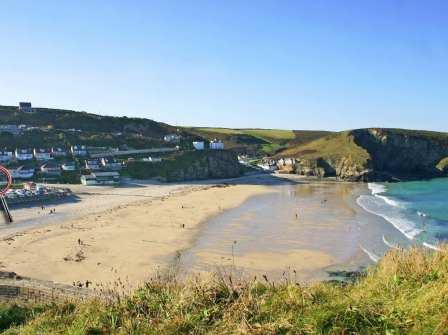Superb Beach Cottages Cornwall Book Coastal Holiday Cottages By Download Free Architecture Designs Terstmadebymaigaardcom