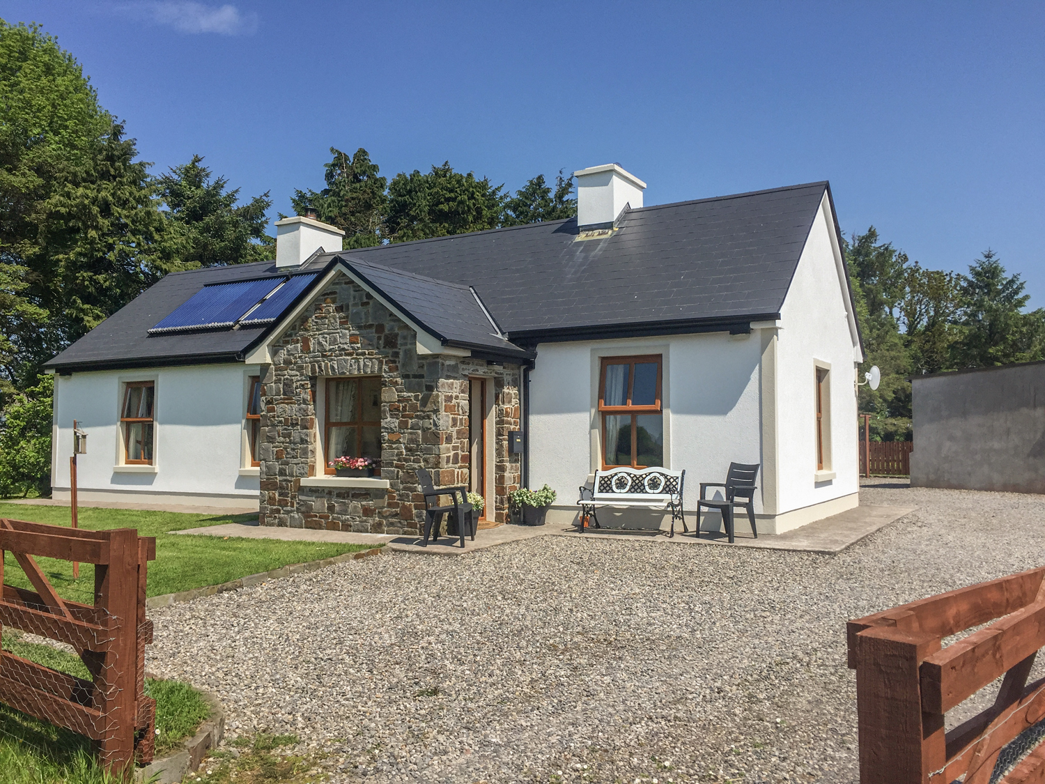 holiday homes uk late deals