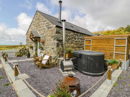 Marvelous Cottages In Wales With Hot Tubs Rent Self Catering Best Image Libraries Thycampuscom