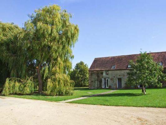 Lambcote Barn photo 1