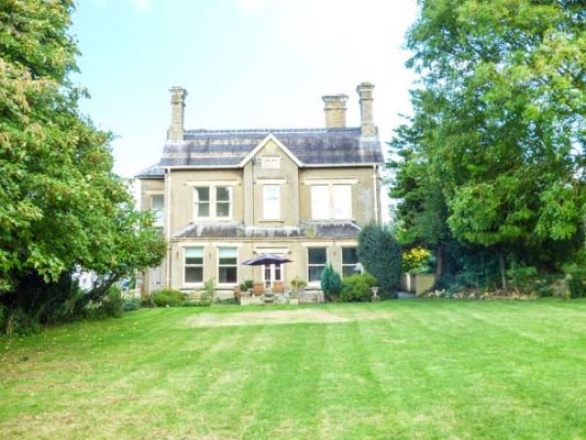 Vale House photo 1