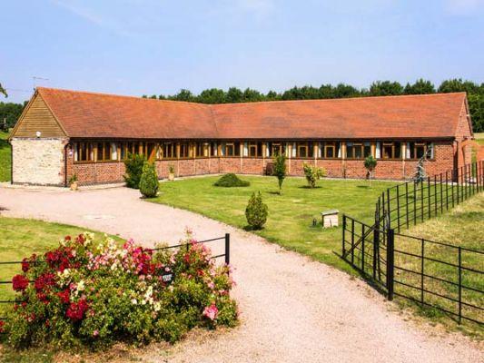 Beesoni Lodge photo 1