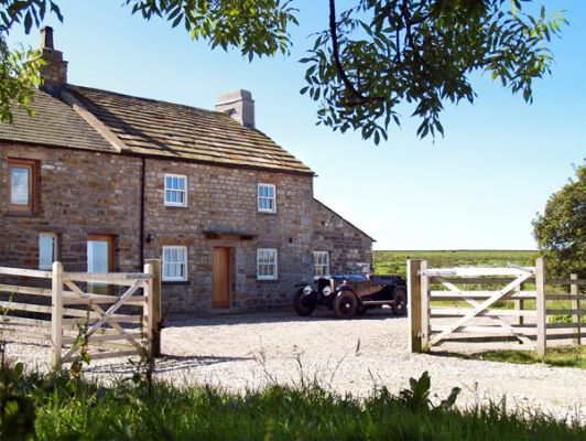Lower Croasdale Farmhouse photo 1