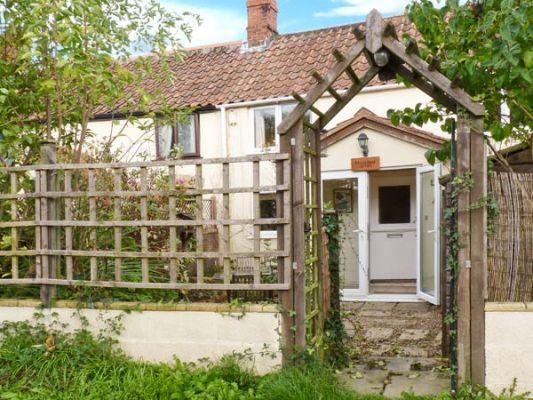 Railwayman's  Cottage photo 1