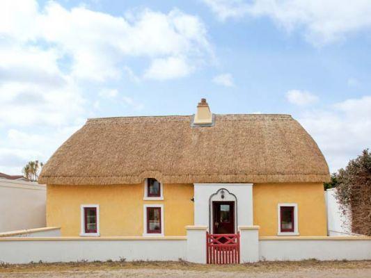 Sutton Cottage photo 1