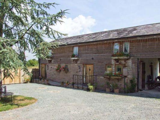 Broxwood Barn photo 1