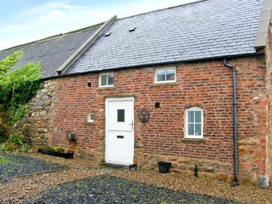 Northumberland Holiday Cottages: The Bothy, Lowick nr. Holy Island, Sleeps 2 | sykescottages.co.uk