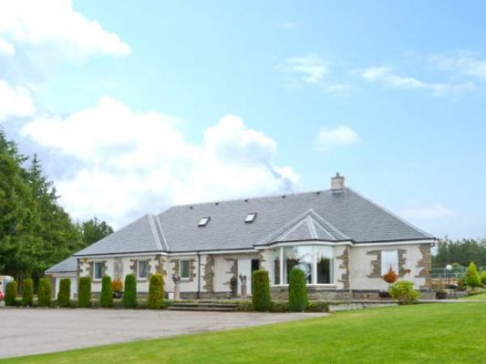 Eaglestone House photo 1