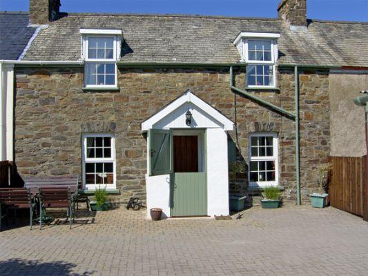 2 Beag Cottages photo 1