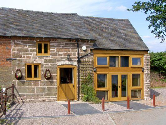 Lakeside Cottage photo 1