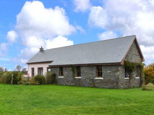Poulnasherry Lodge photo 1