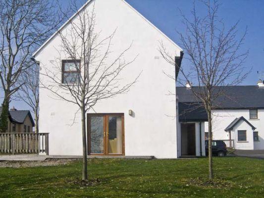 12 Mountshannon Cottages photo 1