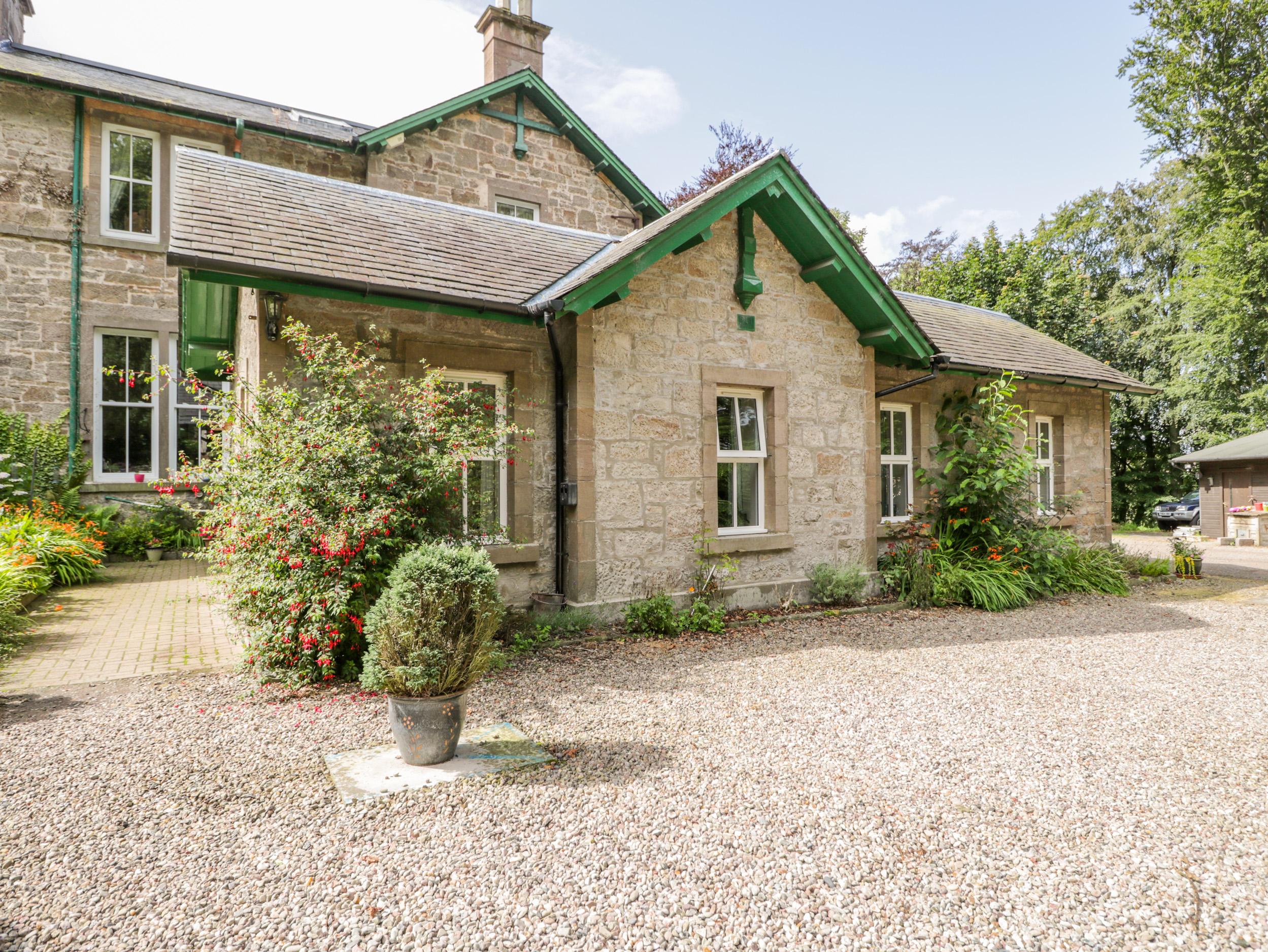 Courtyard Cottage, Forfar