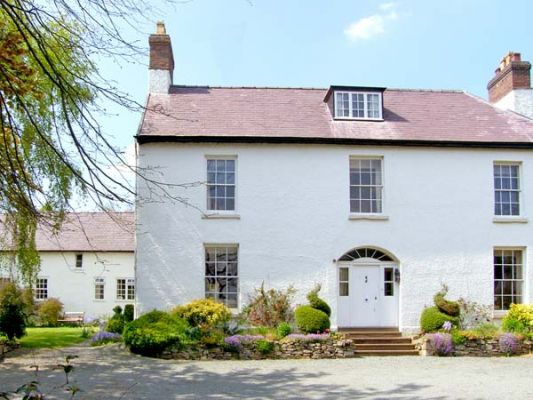 The Old Schoolhouse and Cottage photo 1